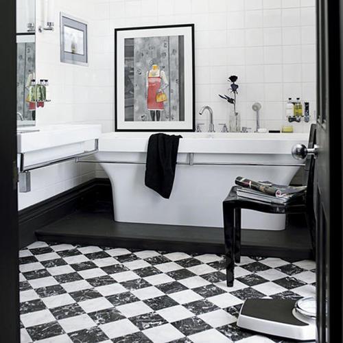 шахматы в ванной комнате