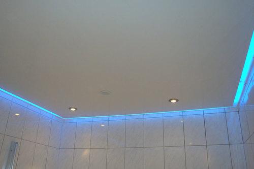 peindre plafond trace rouleau aulnay sous bois devis gratuit peinture maison soci t geyfl. Black Bedroom Furniture Sets. Home Design Ideas
