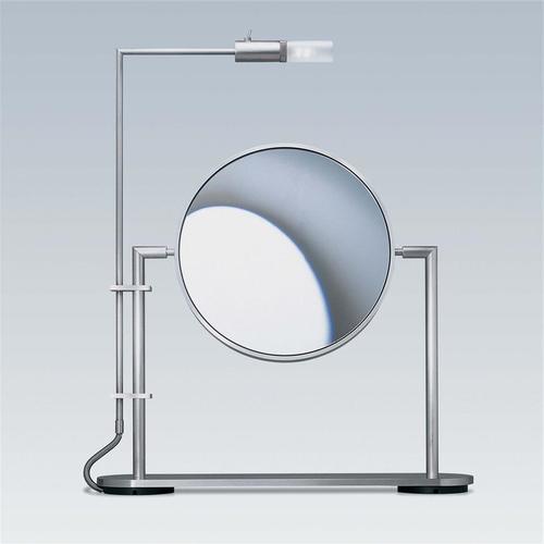 миниатюрное зеркало для макияжа в ванной