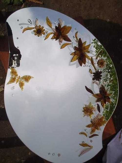 украшение цветами и бабочкой