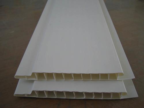 plastikovye-paneli-dlya-vannoy-03
