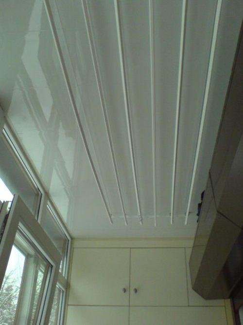 рейки на балконе