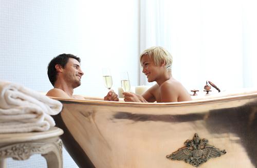 ванна для двоих в винтажном стиле