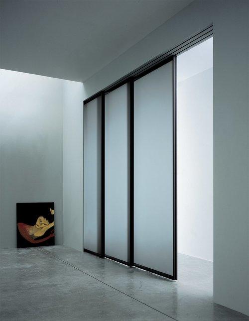 раздвижные двери в стиле минимализм