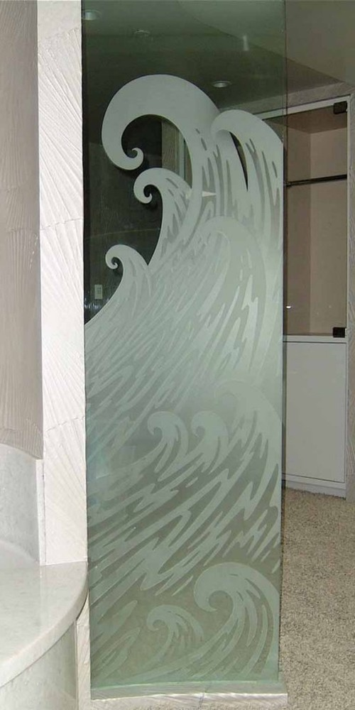 steklyannye-dveri-v-vannoy-10