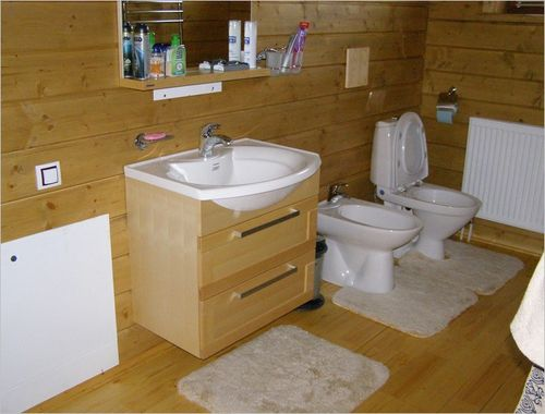 Установка душа в деревянном доме