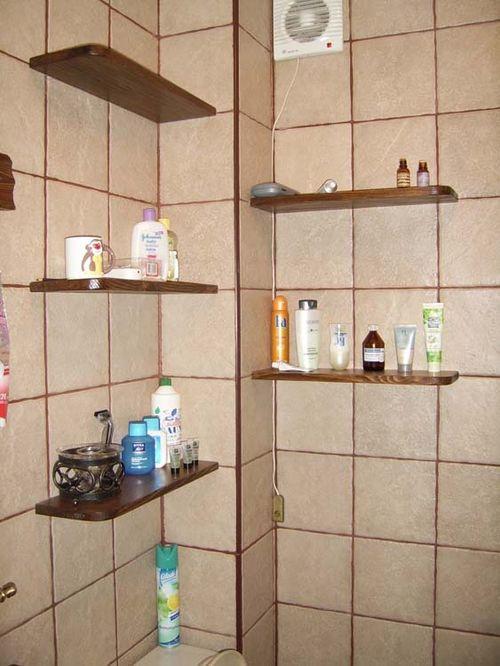 polki-v-vannuuy-tualet_4