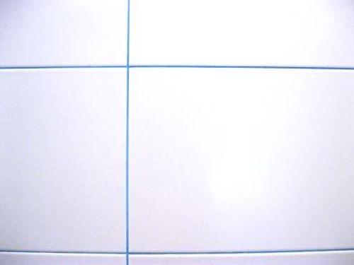 Герметизация швов в полу