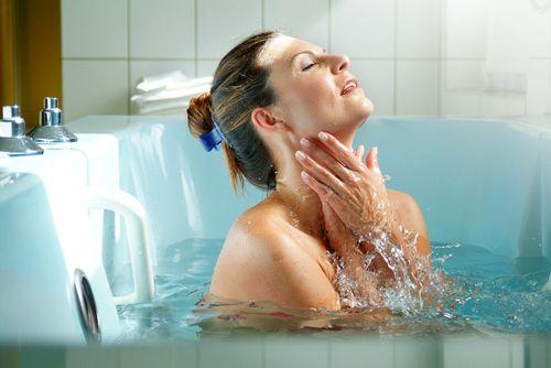 горячая ванна при месячных можно ли